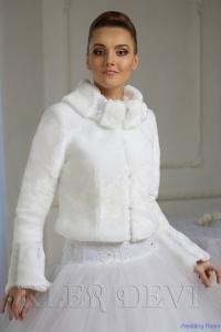 Шубка норковая Регина.Цвет-белый,размер-40,цена-4200р.,прокат-2000р.