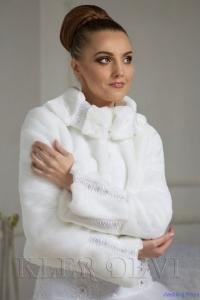 Шубка норковая Регина.Цвет-белый,размер-46,цена-4200р.,прокат-2000р.